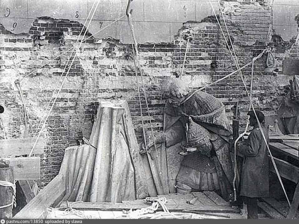 Храм Христа Спасителя 87 лет назад в Москве взорвали Храм Христа Спасителя a38fdea4b0fdeeefeecc98d7a89f9fe8
