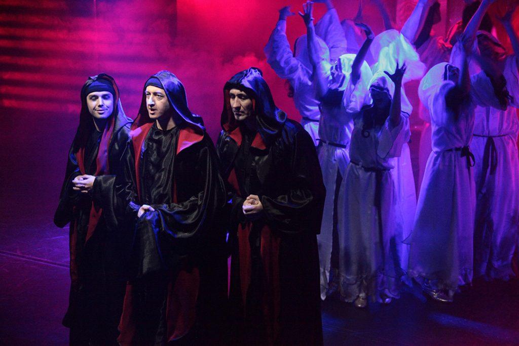 кабалы святош Премьера «Кабалы святош» в театре «На Юго-Западе» 13 1024x683