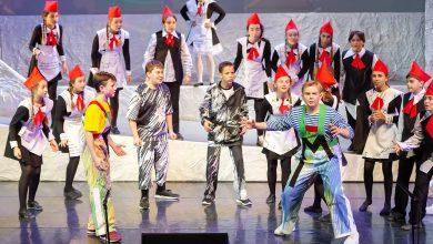 Photo of «Баранкин, будь человеком!»: премьера в театре Новая Опера Баранкин, будь человеком «Баранкин, будь человеком!»: премьера в театре Новая Опера eMgop8IAF4M 390x220