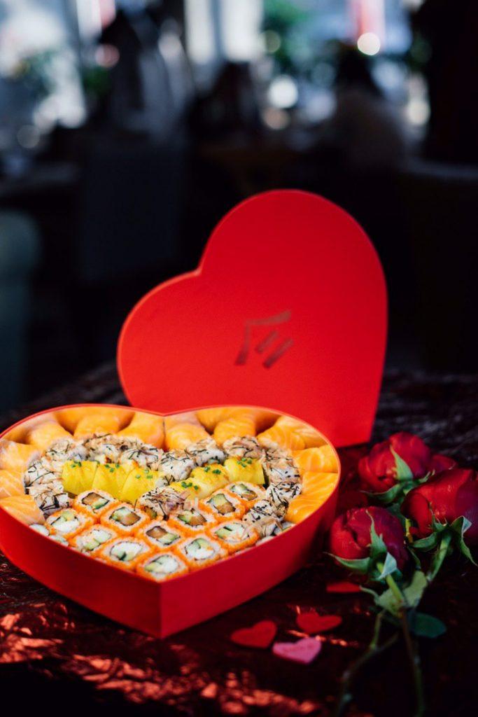 Тануки Новый праздничный сет «Тануки»к 8 марта   LOVE                           2 683x1024