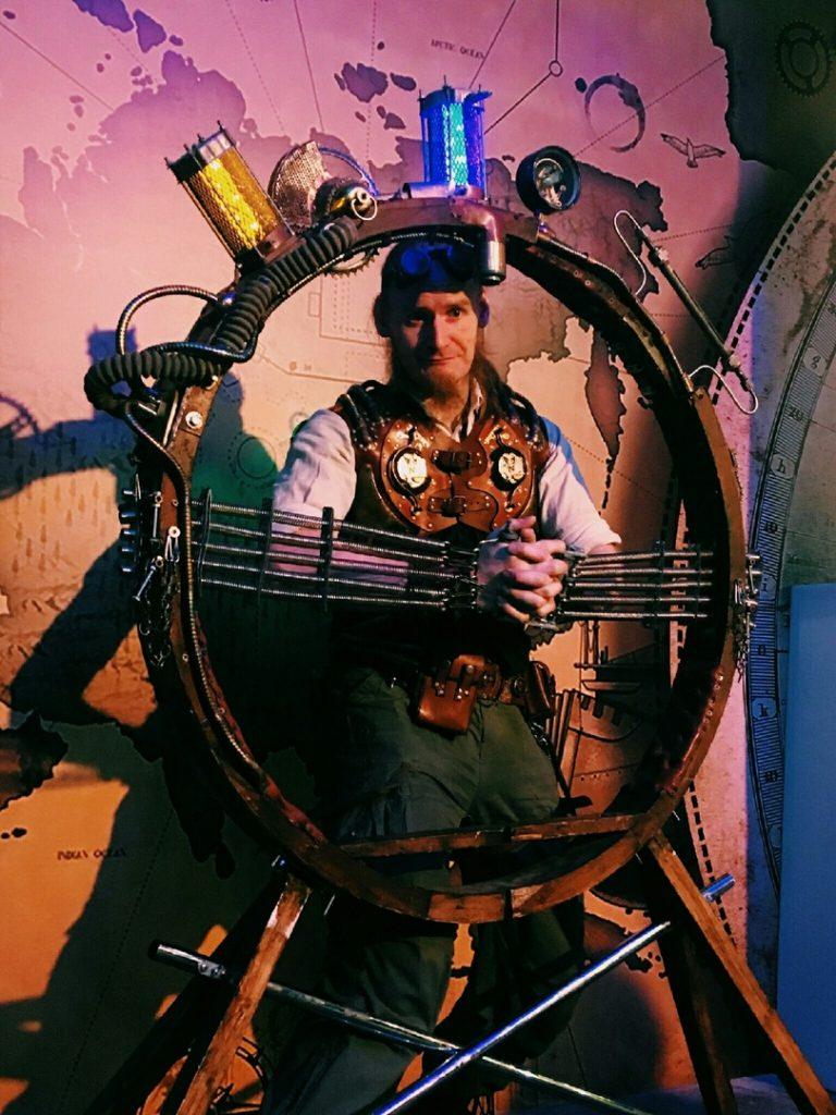 Жюль Верн Невероятные миры Жюля Верна в ArtPlay R0ZQsbJg0OY 768x1024