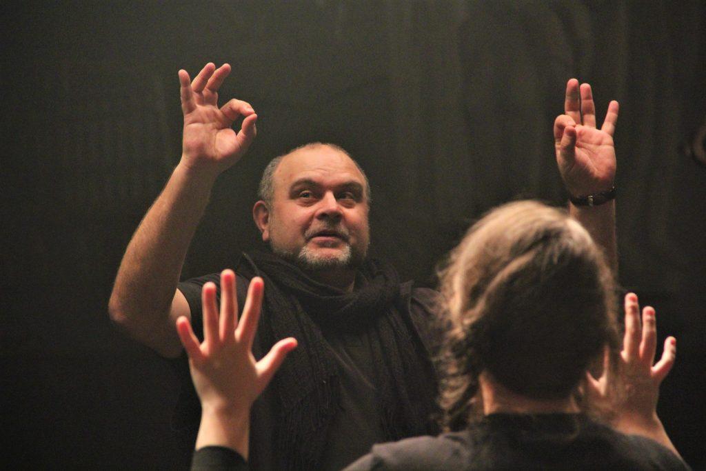 Андрей Щукин Андрей Щукин: Пока существуют мысли и переживания, театр будет жить shukin 2 1 1024x683