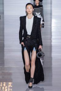 мода Выглядеть так, будто сошел с модных подиумов Милана или Парижа в московских джунглях?! 36e411d1d939ca2cfefc17d019f3726b 200x300