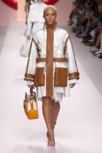 мода Выглядеть так, будто сошел с модных подиумов Милана или Парижа в московских джунглях?! fendi vesna leto 2019 789912A4 200x300