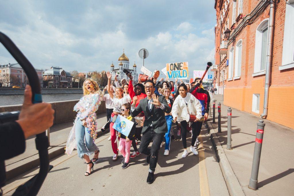 Саймон Фулер Мы — одно целое? Россия танцует вместе с США и Японией? mn3jIo4x7BM 1024x683