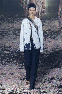 мода Выглядеть так, будто сошел с модных подиумов Милана или Парижа в московских джунглях?! w990 3 200x300