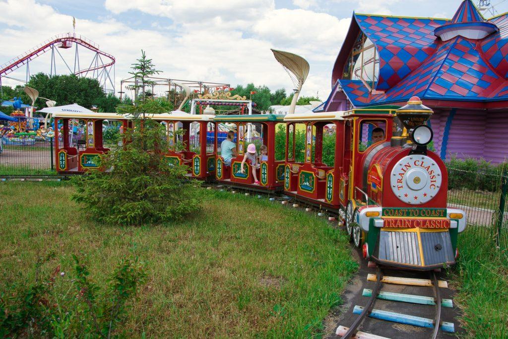 семейный парк Сказка Летний сезон в парке «Сказка»                    1 min 1024x683