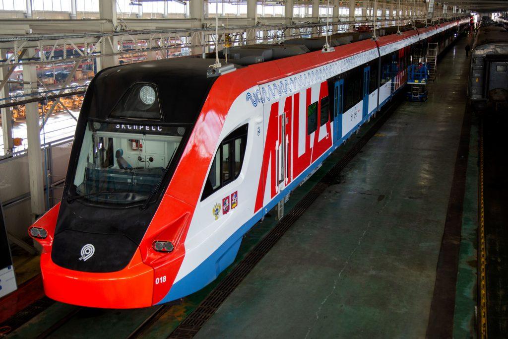 На вагонах поездов «Иволга» появятся двухметровые буквы с надписью «МЦД» На вагонах поездов «Иволга» появятся двухметровые буквы с надписью «МЦД» IMG 4606 2 1024x683
