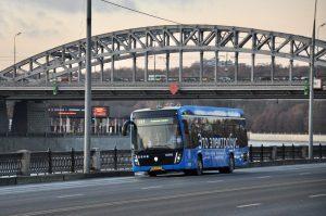 Четвертый электробусный маршрут теперь работает у Киевского вокзала photo 2019 12 02 09 52 54 2 300x199
