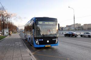 Четвертый электробусный маршрут теперь работает у Киевского вокзала photo 2019 12 02 09 52 54 3 300x199